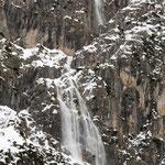 scariche di neve sulle pareti