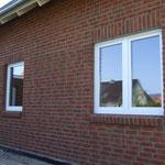 Fenster Büro (links) und Wohnzimmer (rechts) - wirken winzig