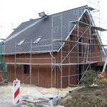 Wir haben ein Dach!