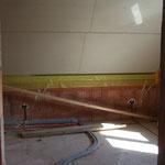 Die Decke im OG ist da - Rigipsplatten auf Dämmung und Dampfsperre