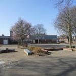 Auf dem großen Schulhof