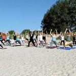 Yoga-Runde am Morgen