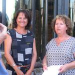 Alda Flores Fert (3ème prix Adulte) (à gauche) et Christine Hilaire la présidente (à droite)
