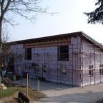 22.03.2016 Die Fassade wird gemacht - erstmal alles isoliert, dann kommt der Putz.