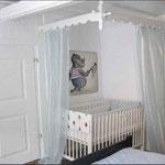 nilpferd mit schmetterling - Bilder im Kinderzimmer - Leinwandbilder - Cartoon
