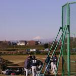 うっすら富士山見えます ガス橋にて