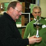 H. Ostermeyer mit Pokal