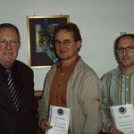 Übereichung der LV-Nadel in Silber - v.l. H.Eckhardt, B. Nortmann, Haseler