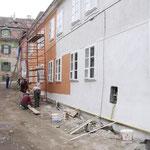 Farbproben in einer Altstadtgasse (Entwurf Bernd Sikora)