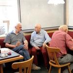 Günther (Mitte) besucht seinen alten Verein. Im nächsten Jahr kehrt er nach Ansbach zurück. Wir freuen uns auf ihn!