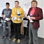 Hier die Gesamtsieger: Joseph Homi (links, 3. Platz), Michael Braun (Mitte, 1. Platz), Jürgen Zollstab (rechts, 2. Platz)