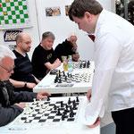 ...gegen unseren Gerd Fischer musste er jedoch nach langem Kampf aufgeben! Glückwunsch an Gerd für diese tolle Leistung!