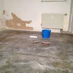 Kellerbodenbeschichtung - erster Arbeitsschritt