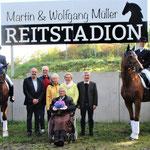 Zu Ehren des ehemaligen und leider schon verstorbenen LPG-Vorsitzenden Martin Müller und Wolfgang Müller, ein großer Förderer und Unterstützer des Löbnitzer Pferdesports, wurde das Reitstation in - Martin & Wolfgang Müller Reitstadion - umbenannt.