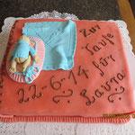 Tauftorte Laura mit Fondant-Baby 1