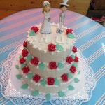 Hochzeitstorte mit weißem Marzipan 2