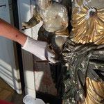 2013 mg, Les solvants permettent de nettoyer la suface servent à fixer les écailles détachées