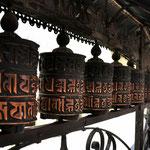 Ruote di preghiera al Swayambhunath Stupa, Kathmandu - Nepal