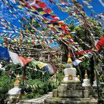 Bandiere di preghiera nel Swayambhunath Stupa, Kathmandu - Nepal