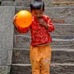 Bambino a Durbar Square, Patan - Nepal