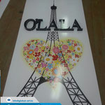 Объемные не световые буквы на стенде для OLALA