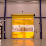 PVC-Schnelllauftor als Hallenabtrennung