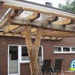 Terrassenüberdachung mit Holzdachrinne in Friesoythe, Zimmerei 862 GmbH
