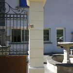 piliers en pierre naturelle massive
