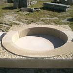 oeil de boeuf en pierre