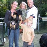 Amara mit Myriam, Stefan, Paul und Olivia