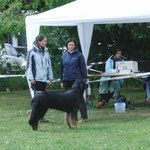 Amara und Miriam mit Körmeisterin Ines Mirbach