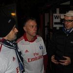 Thorsten redet Darko und Klaus ins Gewissen. (Klaus hört nicht zu...)