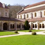 Fontenay, cloître de l'abbaye