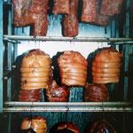 Kochschinken in der Räucherkammer