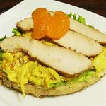 Currykrautsalat und Putenbrust