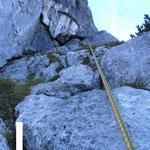 Nur die ersten 10 m der 7. Seillänge sind bis 7-; danach 4er und 5er Gelände