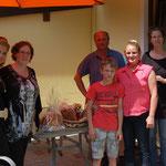 Familie Salchegger Hüttau mit Sara, Kristina und Stefanie