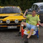 Martin mit seinem original nachgebauten Opel Kadett, wie ihn Walter Röhrl damals fuhr