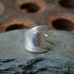 Liwingfun Ring