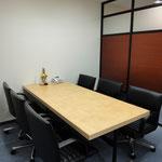 会議室(4人用)