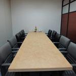 会議室(6人用)