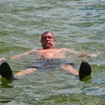 Nobbi beim Bad im See