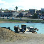Autofähre in Sayaxche