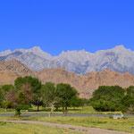 Ankunft in Lone Pine, im Hintergrund die Sierra Nevada
