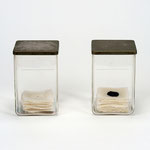 Janus - 始まりの粧い / 終わりの粧い       岩塩、グラファイト、アクリル、蝋、綿布、ガラス        14.5 x 9.5 x 9.5cm (each)