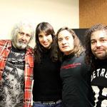 Yosi, Aintzane, Alberto eta Desfase sound studios Ouerenseko Sebastisan Mato teknikariarekin.