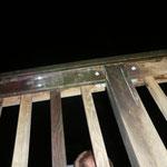Reflektoren weisen den Weg durch die Nacht