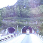 in den Gotthardt-Tunnel
