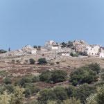 Sant Antonino - am Hang gebaut