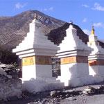 buddhistische Gebetssteine